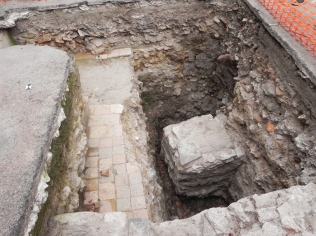 Fouilles à l'école avec Nicolas, l'archéologue